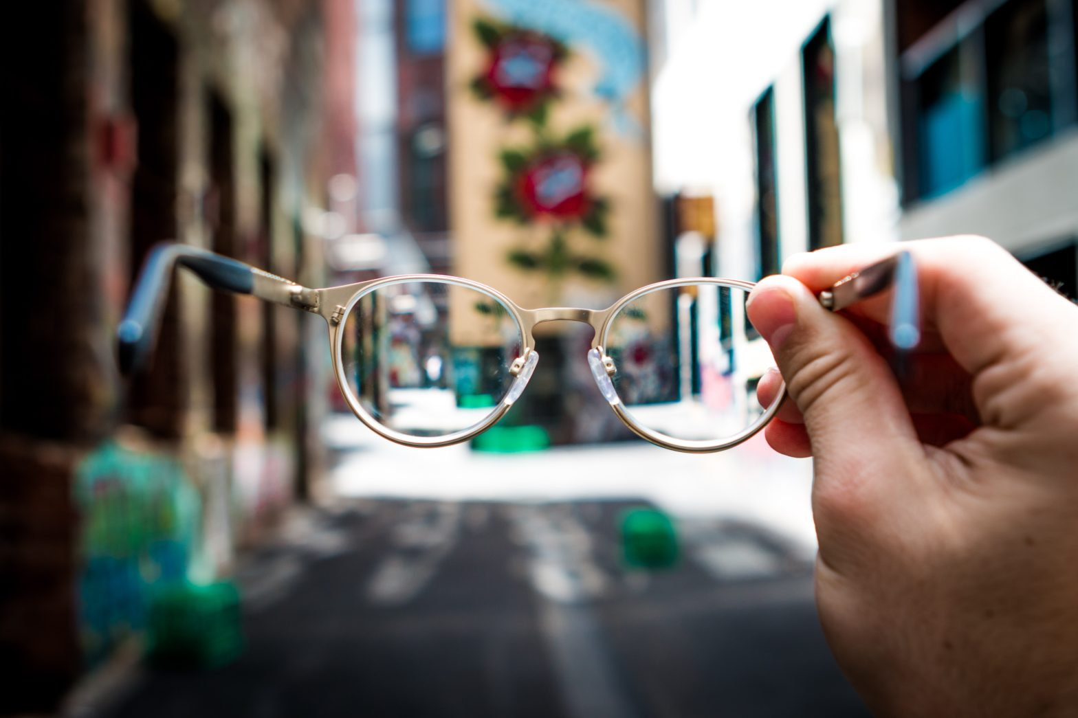 Glasses with different focus level
